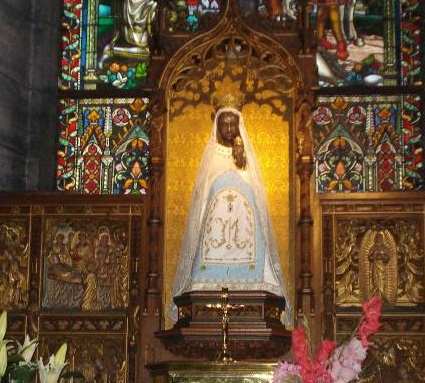 Het mirakelbeeldje in de Sint-Maternusbasiliek