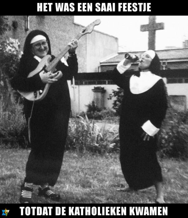 Voor een geslaagd feest is het raadzaam altijd een paar katholieken uit te nodigen.