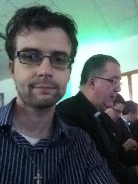 Selfie bij het team van 'Vraag de priester' tijdens de uitreiking van de Webfish Awards 2013.