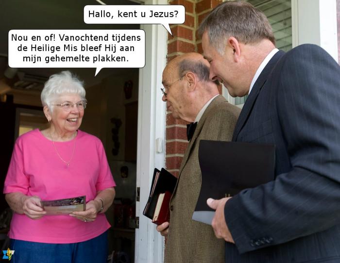 Deze nietsvermoedende Jehovah's Getuigen hadden niet verwacht een enthousiaste katholiek te ontmoeten.