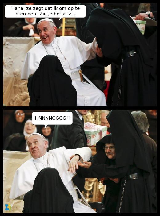 De paus werd warm onthaald tijdens zijn bezoek aan Napels.