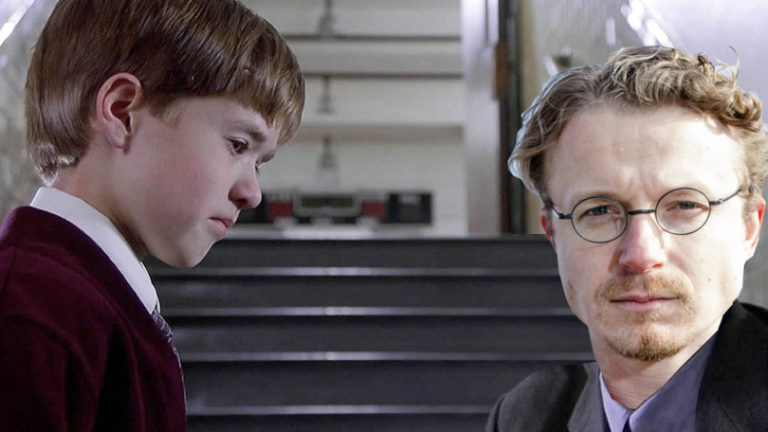 Anton de Wit met Cole Sear (Haley Joel Osment)